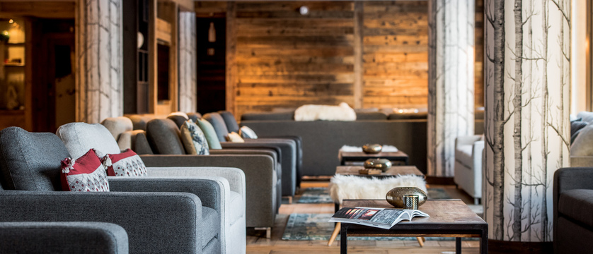 france_espace-killy_val-disere_residence-chalet-skadi_lounge.jpg